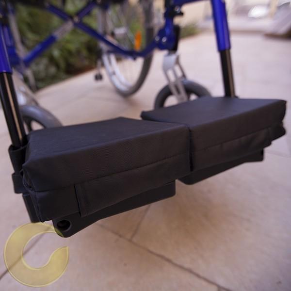 כריות הגבהה לרגליים בכסא גלגלים