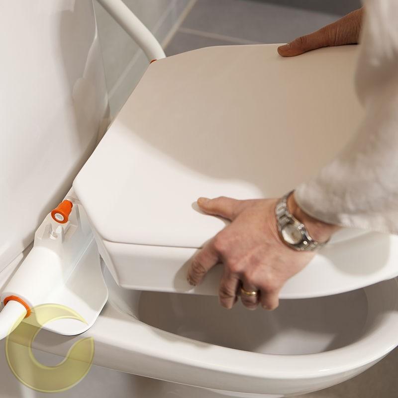 ETAC מושב הגבהה לאסלה איכותי כולל ידיות מתרוממות