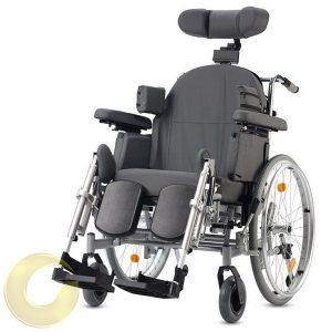 כסא גלגלים טילט סיעודי Triton  עם הטיית גב ומושב מבית Bischoff&Bischoff